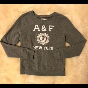 Classic Abercrombie and Fitch fleece crew neck tee